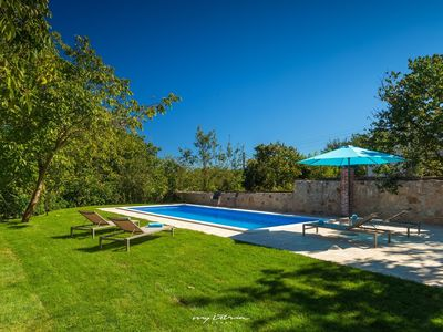 Photo for Charming family villa with private pool near Porec