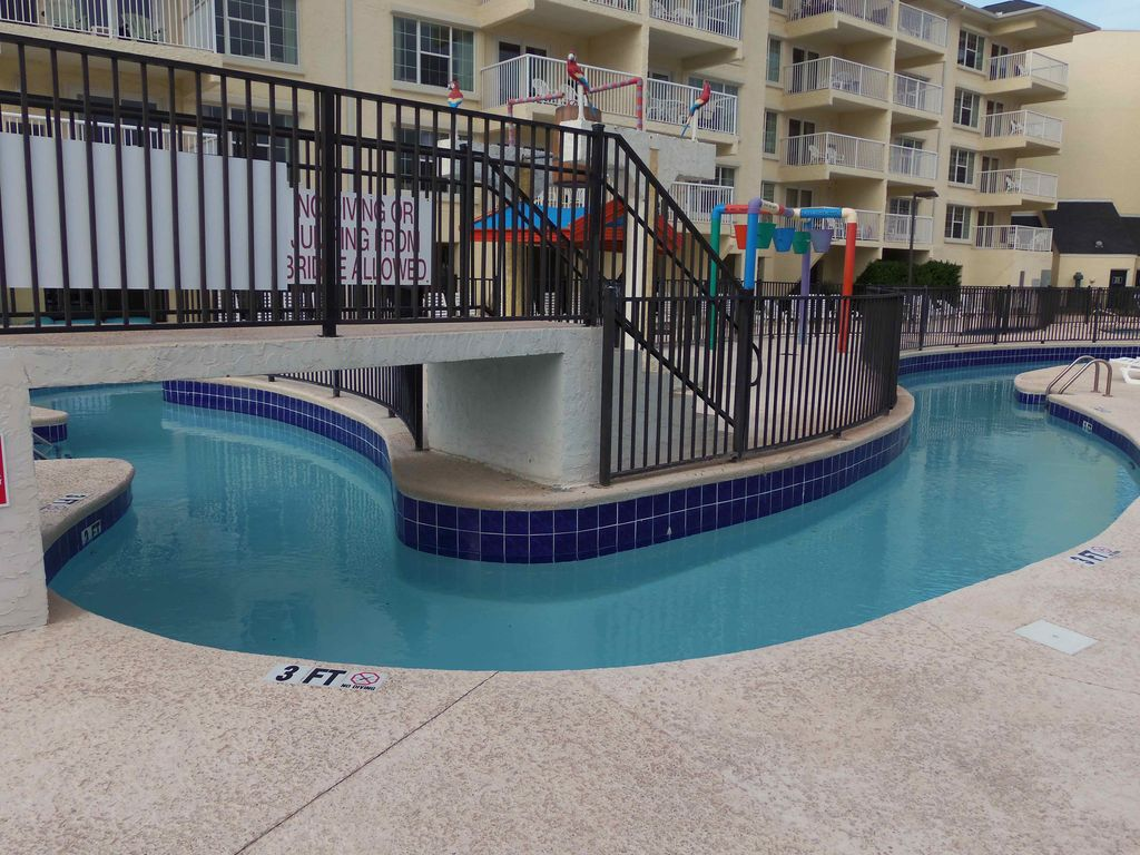 Litchfield Beach House Rentals With Pool