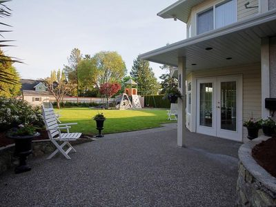 Photo for Spacious Family Home - Close to UVic & Downtown