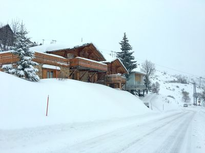 Winter - snow on 21 Hairpins, front of chalet