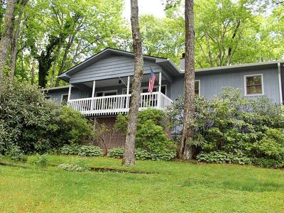 Photo for Camp Bear Pen: 3 BR / 3 BA three bedroom house in Highlands, Sleeps 8