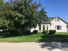 Photo for 3BR House Vacation Rental in Henry, Illinois