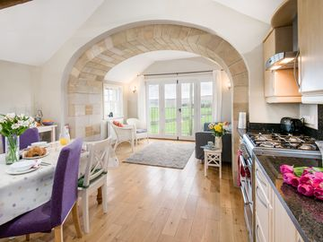 Converted Granary With Stunning Views - perfect for stargazers . A rural retreat
