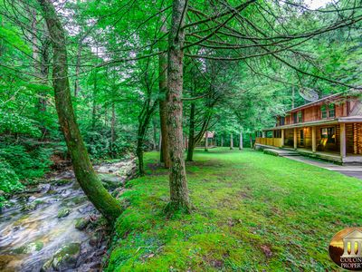 Photo for Norton Creek Hideaway - 4BR/3BA - Sleeps 12