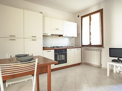 Photo for Coratina - Two-bdr. apartment for 6 people in Suvereto