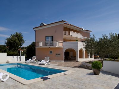Photo for Luxury Villa Omnes with private pool, enjoy your holiday with family & friends