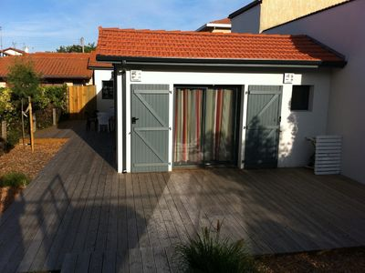 Photo for Charming contemporary house restored and equipped with garden, parking, quiet