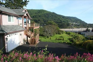 The Overlook with wrap-around balcony and stunning view of the Bay/Ocean