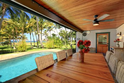 Outdoor Dining on Your Lanai with INCREDIBLE Views!