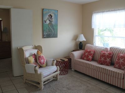 Photo for Walk to the Beach, 2 bed, 1 bath, Pass A Grille, patio, grill, on site parking