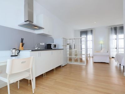 Photo for Sanchez Studio apartment in Córdoba with WiFi, integrated air conditioning & lift.