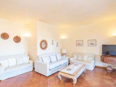 Photo for Holiday Home with Wi-Fi, Air Conditioning, Garden & Terrace; Parking Available
