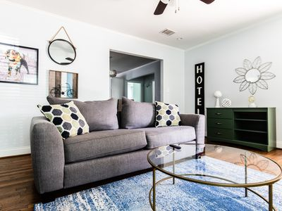 Photo for Spacious Home in Heart of Dallas