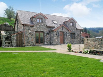 Photo for 3BR House Vacation Rental in Crynant, near Neath