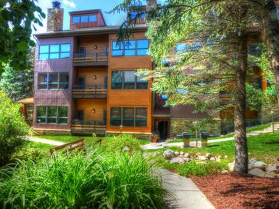 Photo for Ski-In, Walk-Out Condo. Large 2  Bed+ Loft/3 Bath. Stunning View/Hot Tubs.