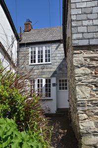 Photo for Fantastic Dog Friendly Fishermen's cottage close to harbour & beach. Sleeps 2-6