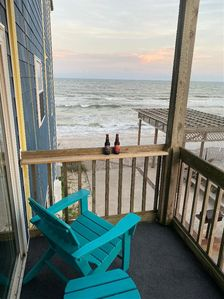 Photo for Fins up! Oceanfront paradise!