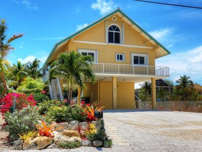 Paradise In Key Largo: Recently Renovated Canal Front 3 Bedroom/3 Bath Home
