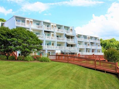 Photo for Sunset Landing - Beautifully Decorated Condo with Swimming Pool, Tennis & Cabana! Short Stays Available!