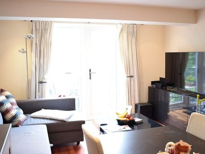 Photo for 2 Bedroom Home In London