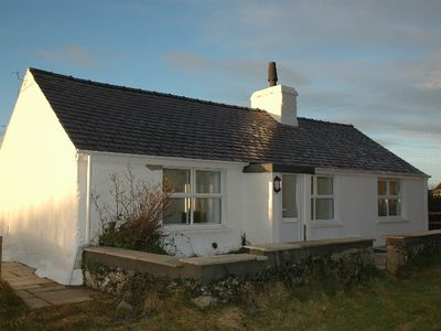 Photo for Holiday Beach Cottage In Rhosneigr Anglesey