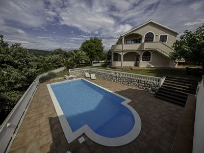 Photo for Apartment with 4 ****, 110m2, pool, garden, terrace-sea view, sauna, jacuzzi