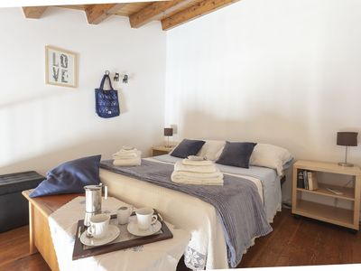 Photo for Charme and relax in Ortigia, 50m from the beach! Very suggested!