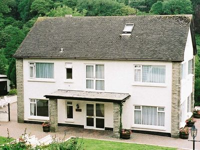 Photo for 7 bedroom accommodation in Amroth, near Saundersfoot