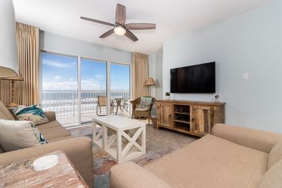 TOTALLY UPGRADED GULF DUNES 412 WILL NOT DISAPPOINT - This 2 bed/2 bath with bunk room condo is the PERFECT beach vacation getaway location. Everyone will enjoy these endless updates
