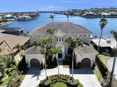 Photo for Extraordinary Family Home with Direct Views of Landmark Bay