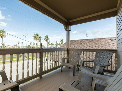 Photo for NEW LISTING! Cozy cottage w/double deck & foosball - walk to the beach & pier