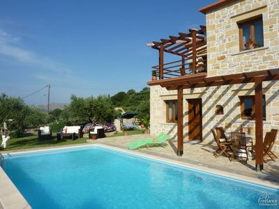 Photo for 2 bedroom Villa, sleeps 4 in Chalépa with Pool, Air Con and WiFi
