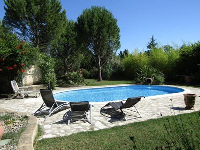Photo for Exceptional cottage between Ventoux and Avignon