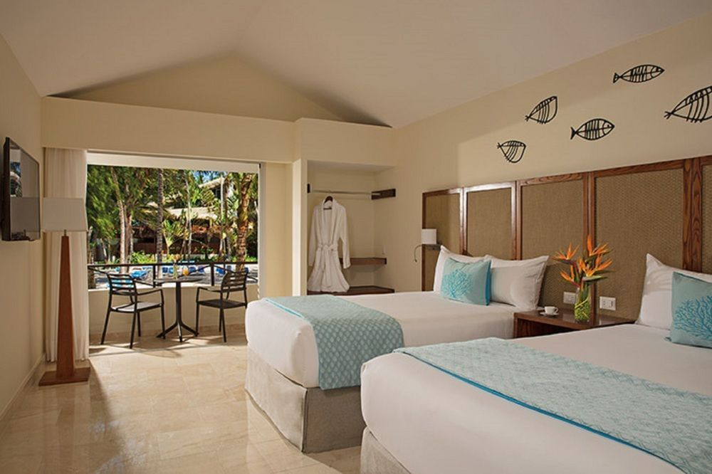 Sunscape Dominican Beach   All Inclusive   Deluxe Pool View Two Double Beds