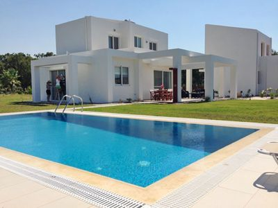 Photo for This 3-bedroom villa for up to 6 guests is located in Kyllini and has a private swimming pool, air-c