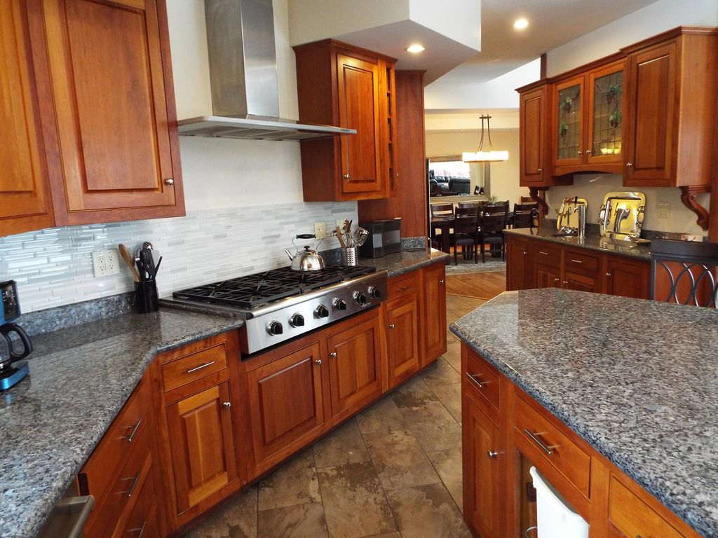 Luxury home game rooms - Bethel House Rental Caribou Kitchen