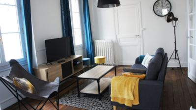 Photo for Nice old apartment Poitiers Center- 4 Bedrooms