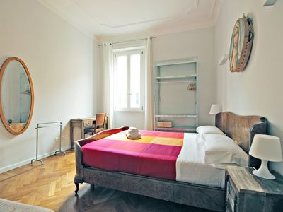Photo for Central & Comfy 3 Bedroom Family Apartment - Apartment for 8 people in Roma