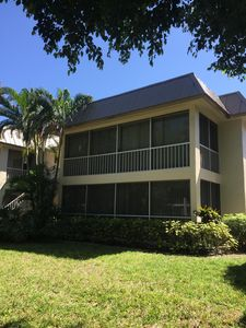 Photo for Lovely First Floor Condo, 1/2 mile from 5th Avenue, Naples, Florida