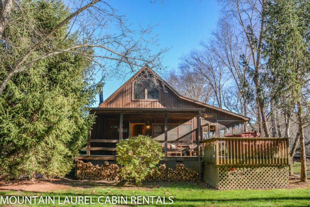 Toccoa River Retreat 3 Br 2 Ba Cabin With Dock On Toccoa River Hot