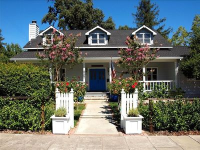 Photo for Charming Farmhouse Downtown St. Helena!