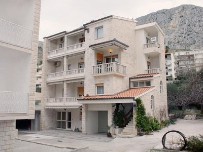 Photo for Apartment in Duće (Omiš), capacity 4+0