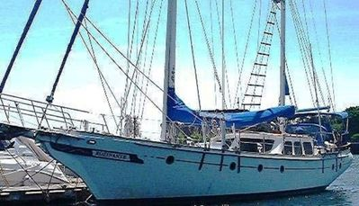 Classic comfortable 59 foot sailboat in Boston Harbor $289 - $419 Night