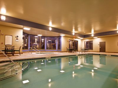 Photo for Free Buffet Breakfast, Pool, Hot Tub, Business Center +Gym