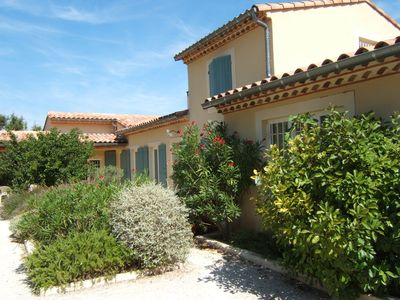 Photo for Holiday home near Uzès on the edge of the forest with pool and large garden