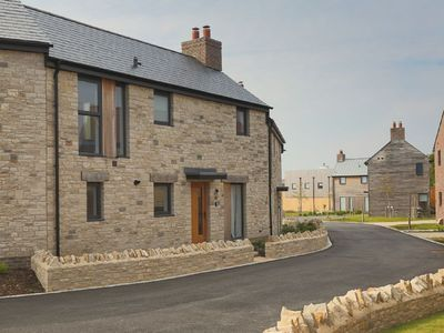 Photo for Beaumont Village 31 (BV31) Dorset - sleeps 4 guests in 2 bedrooms