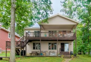 Photo for 5BR House Vacation Rental in Clarklake, Michigan