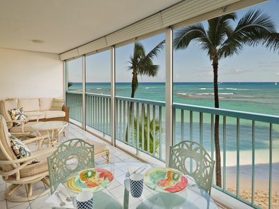 Direct Ocean Beachfront!! One bedroom one bath one parking!!