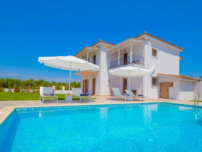 Photo for New villa with stylish interiors, private pool, free wi-fi, central location