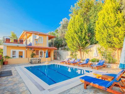 Photo for Private villa in superb location, fantastic views and private secluded pool.